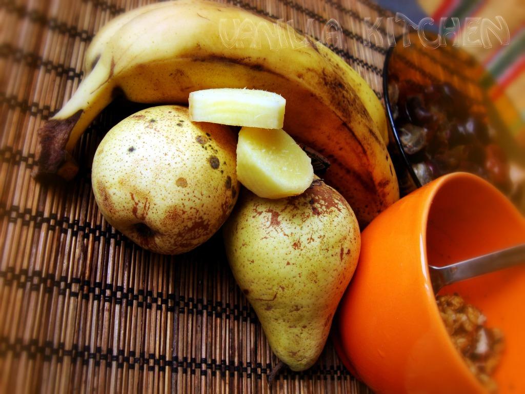 круши, банани, джинджифил, орехи и фурми