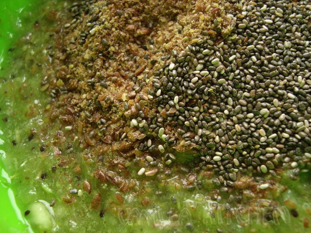 семена чиа и ленено семе