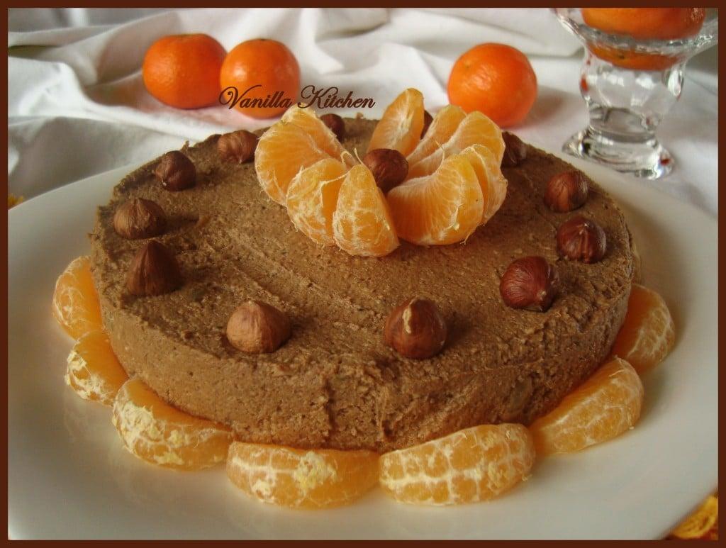 Сурова торта с рожков и мандарини
