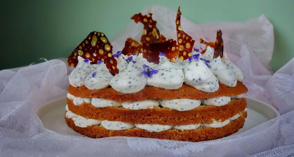 Лавандулова торта с карамел от виолетки